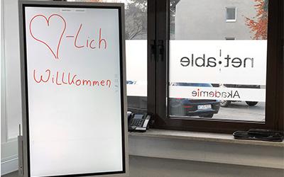 Moderne Ausstattung für interaktives Arbeiten mit dem Whiteboard
